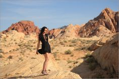 Minidress by Topshop - Calendar photo shooting in the desert of Nevada, USA - Fashionblog / Modeblog