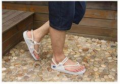 Aliexpress.com: Comprar La nueva estrella Cuatro Estaciones de Primavera modelos de pareja zapatillas antideslizantes zapatos de correa de Los Hombres sandalias casuales w615 de zapatos gafas fiable proveedores en MIZUN Trading company