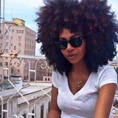 4 Natural Hair Breakage Treatment Tips Pelo Natural, Natural Hair Tips, Natural Hair Journey, Natural Hair Styles, Natural Beauty, Going Natural, Pelo Afro, Hair Affair, Natural Hair Inspiration