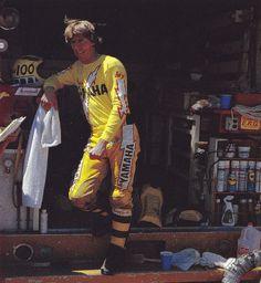 1981 Bob Hannah by Tom Madigan Motocross Racer, Motocross Bikes, Vintage Motocross, Vintage Bikes, Vintage Motorcycles, Youth Dirt Bikes, Johnny Be Good, Bike Freestyle, Dirt Bike Racing