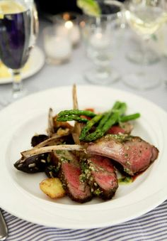 These chops are to die for. #TheChateaux #Cena