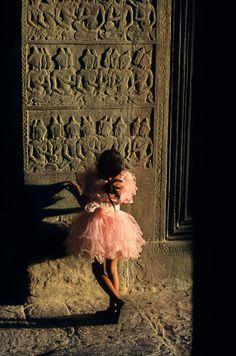 Angkor Wat   Steve McCurry