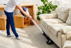 The cleaning services in Edmond, OK are quite professional and they have some amazing handy tips for fast cleaning. Here are handfuls of it. Cleaning Contracts, Cleaning Services, Deep Cleaning, Cleaning Hacks, Professional House Cleaning, Helpful Hints, Handy Tips, Messy House, Tidy Up