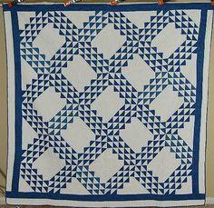 GORGEOUS-Vintage-1880s-Blue-White-Ocean-Waves-Antique-Quilt-CLASSIC-DESIGN