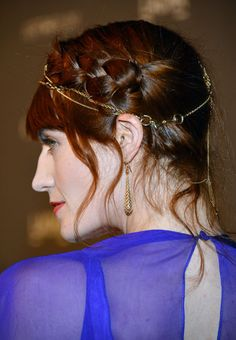 Monday Hair Porn: You MUST See This Stunning Chain Hair Accessory on Florence Welch!: Girls in the Beauty Department