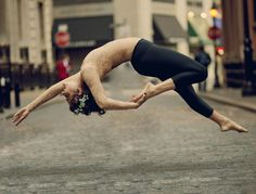 Blog post on Weightless series by Kaitlyn Ferris. Gorgeous photos!
