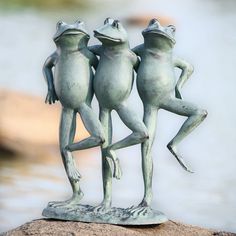 Dancing Frog Trio: Primitive Home Decors