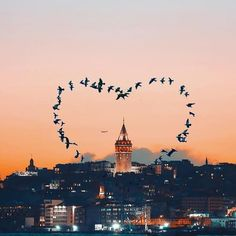 Istanbul a city where you feel most alive❤️  Istanbul City, Istanbul Travel, Wonderful Places, Beautiful Places, Voyager C'est Vivre, Turkey Photos, Mekka, Islamic Paintings, Travel Photography
