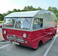 Saab camper - This is awesome! Vintage Motorhome, Vintage Rv, Vintage Campers Trailers, Vintage Caravans, Camper Trailers, Bus Motorhome, Trailer 2, Camper Caravan, Truck Camper