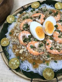How to make Pancit Palabok. Pancit Palabok is a popular Filipino type noodles dish. Pancit Palabok is a delicious noodle dish loaded with thick and golden shrimp sauce and topped with generous amount of flaked smoked fish, crushed pork rinds and boiled eggs. Palabok is delicious for snack and great party noodle dish. Filipino Christmas Recipes, Noodle Dish, Pancit, Smoked Fish, Pork Rinds, Boiled Eggs, Cobb Salad, Noodles, Shrimp