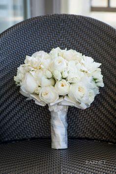 Barnet Photography | Coordination: Events by Evelynn | Floral Design: Square Root | Linens: Wildflower Linen | Venue: Ritz-Carlton Laguna Niguel via CeremonyMagazine.com