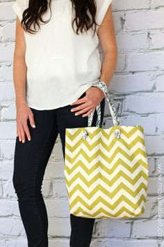 No-Sew Fabric Tote......great for those who don't sew or don't want to haul out the sewing machine.  #nosewlove