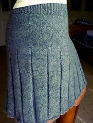 2.20 :: Finished and love how it came out! Knit this completely in the round (will add my modifications here as soon as I can).  I do have to slip it over my head in order to get it on, but that wa...
