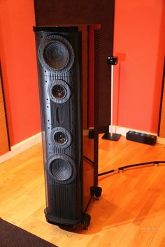 Mono and Stereo High-End Audio Magazine: Gryphon Audio Pantheon speakers at Ultimate Audio