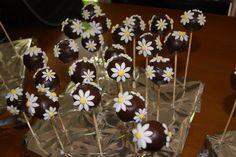 Cake pops con cioccolato e pasta di zucchero