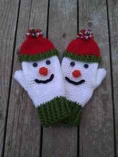 Here& a great craft idea: crochet snowman! Here& a great craft idea: crochet snowman! Here& a great craft idea: crochet snowman! Crochet Mitts, Crochet Gloves Pattern, Mittens Pattern, Knit Mittens, Ravelry Crochet, Baby Mittens, Baby Knitting Patterns, Crochet Patterns, Crochet Winter