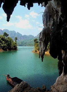 View of the picturesque Chiaw Lan Lake in Khao Sok National Park, Surat Thani Province, South Thailand. One of the most popular images on our All Points Ea Thailand Adventure, Thailand Travel, Asia Travel, Khao Sok National Park, Parc National, Chiang Mai, Places To Travel, Places To See, Places Around The World