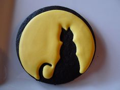 cat - moon silhouette black chocolate cookie