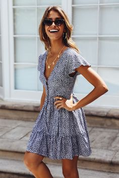 17 trendy street style spring outfits for 2019 20 casual spring outfit ideas for women 2020 Fashion Mode, Look Fashion, Street Fashion, Fashion Spring, Holiday Fashion, Fashion Styles, Feminine Fashion, Fashion Ideas, Fashion Trends
