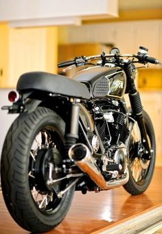 #motorcycles #bratstyle #motos | caferacerpasion.com