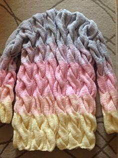 Yarn Crafts For Kids, Knitting Patterns, Crochet Patterns, Rainbow Fashion, Crochet Baby Clothes, Knit Jacket, Cardigan Sweaters For Women, Merino Wool Blanket, Crochet Projects