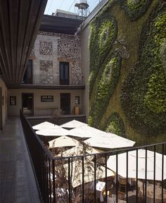 http://interiorzine.com/2013/02/21/boutique-hotel-downtown/ Palacio de los Condes de Miravalle by Cherem Arquetectos