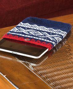 Marius trekk til iPad Diy Arts And Crafts, Scandinavian, Knit Crochet, Zip Around Wallet, Ipad, Knit Scarves, Pattern, Knitting Ideas, Afghans