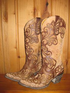 Rivertrail Mercantile - Old Gringo Linda Boots, $690.00 (http://www.rivertrailmercantile.com/old-gringo-linda-boots/)