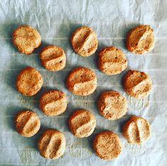 Peanut Butter cookies - Karlie Kloss recipe :)