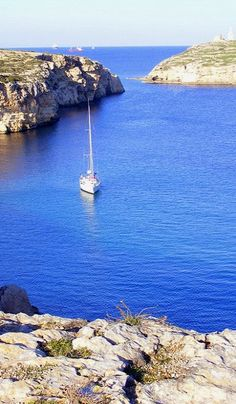 Beautiful St. Paul's Island in Malta (by www.Malta.com on Flickr)
