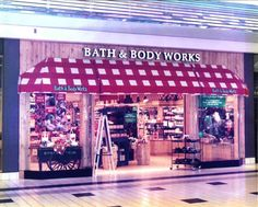Nice shot of a 1990's BBW store. (via Peterman Plumbing and Heating) <3