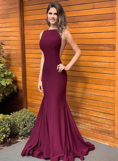 Marsala Dress: Selection of bridesmaids and graduates - beautiful Woman, pragtige vrouens❤️ - Vestido de Festa Gala Dresses, Dance Dresses, Homecoming Dresses, Bridesmaid Dresses, Prom Gowns, Dresses Elegant, Beautiful Dresses, Formal Dresses, 8th Grade Graduation Dresses