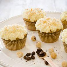 Just added my InLinkz link here: http://roxanashomebaking.com/50-coffee-desserts-to-wake-up-to/