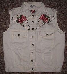Contempo Casuals Vest Women's Medium M White Denim Floral Front Pockets #ContempoCasuals