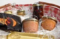 Father's Day Gift Baskets & site with Father's Day party ideas