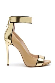 Gold nude ankle strap pump