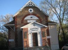 Sturgeon Falls - William Anderson founded this Masonic Lodge