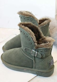 Image of [ghyxh319252]Warm Cool Rivet Faux Shearling Strap Buckle Bootie
