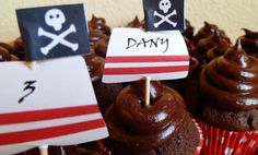 Cupcakes pirata de chocolate con buttercream de chocolate...de muerte!!
