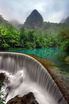 Водопад Хуангошу. #Китай #China