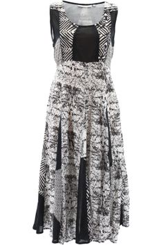 Unice Dress - Be on-trend yet super comfortable in cool cotton dress. Perfect for all day wear - be it at the office or out to lunch with friends. Dress the outfit up or down by selecting OFM flats or heels. Then team it with a gorgeous handbag and accessories to complete the look.