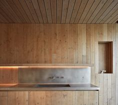 Cottage in Fontanars dels Alforins by Ramon Esteve Estudio