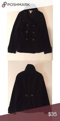 H&M Black Short Pea Coat - Pre-owned - No defects (in great condition) - Size 2 fits an XS-SMALL best - Button up front - H&M Jackets & Coats Pea Coats