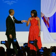President Barack Obama and First Lady Michelle Obama enjoy their first dance at the Commander in Chief Ball. inaug2013