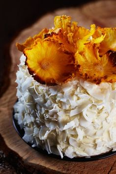 Fun Garnishes | Food & Fun / Wonderful garnish idea for my next coconut cake!!