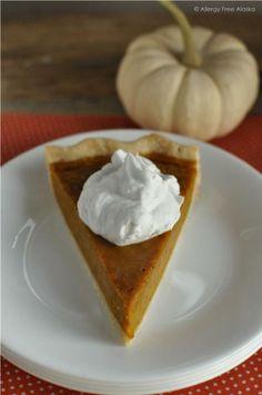 Gluten & Dairy Free Maple Pumpkin Pie #refinedsugarfree: