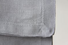 Tela o tejido de lino color gris perla , alquiler tendencia decoración, combinación perfecta, elegante