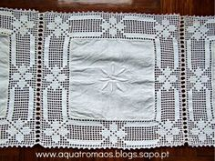 ponto cruz para naperon - Pesquisa Google                                                                                                                                                                                 Mais Annie's Crochet, Crochet Fabric, Crochet Doily Patterns, Crochet Squares, Filet Crochet, Crochet Designs, Crochet Doilies, Tablecloth Fabric, Crochet Tablecloth