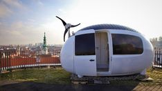 #Architecture: Egg-shaped tiny house finally hatches.