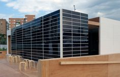 Onyx Solar photovoltaic façade for the SML House